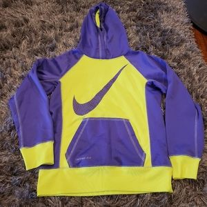 NWOT Girl's Nike Therma-fit Pullover Hoodie size M